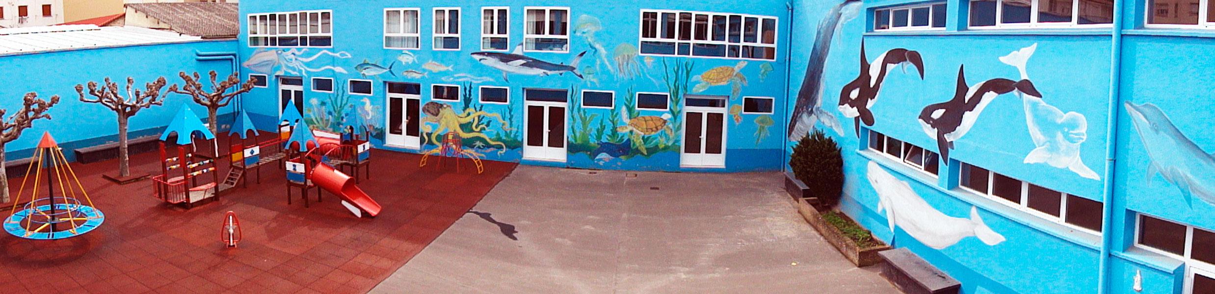 colegio-nino-jesus-patio-azul-iinstalaciones